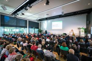180 TeilnehmerInnen am 02. Oktober 2015 im Tagungszentrum der DGUV ©André Wirsig im Auftrag der SLfG