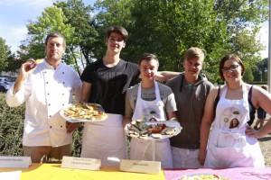 Das Schülercafé McBiss bereitete die Snacks vor©Vernetzungsstelle