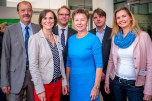 Dr. Horst Reichenbach (Knappschaft), Eileen Hornbostel (SLfG), Martin Strunden (SMS), Helma Orosz (SLfG), Stephan Koesling (SLfG) und Nicole Poch (SMK) v. l. n. r.©André Wirsig im Auftrag der SLfG