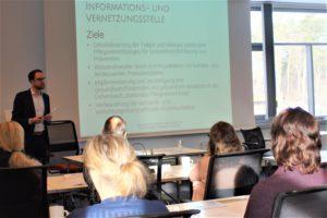 Die Info- und Vernetzungsstelle präsentiert sich - Johann Große©SLfG